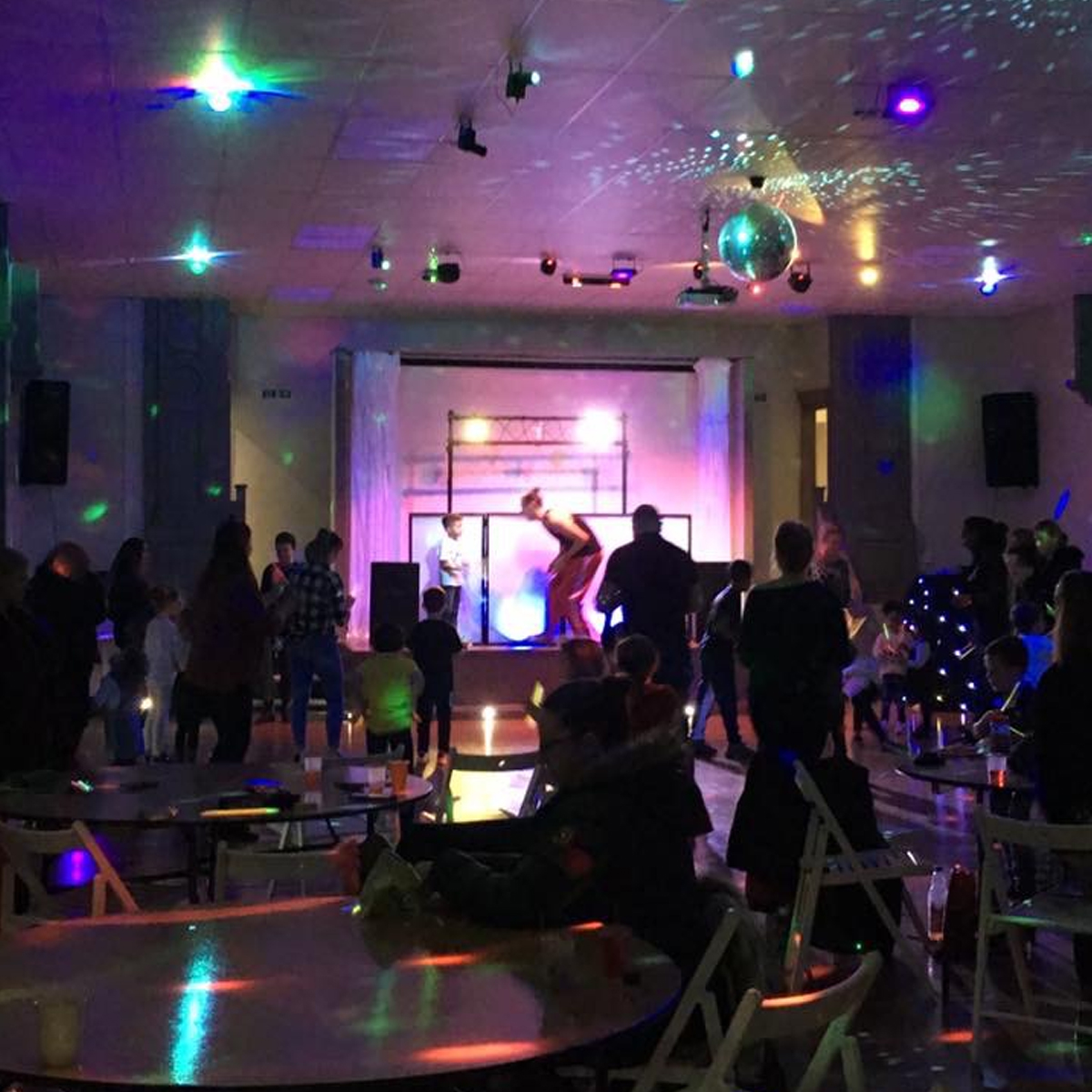 birthday party games, stage lights, Zone22